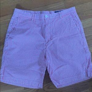 Vineyard vines seer-sucker shorts